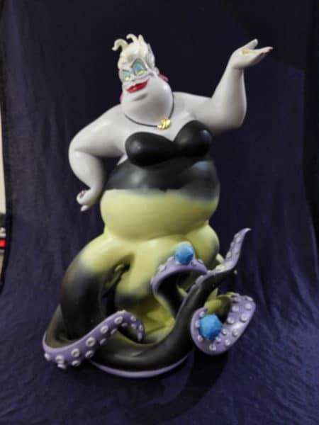 Ursula tijdens reparatie